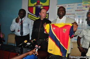 Hearts unveil Sergio Traguil as head coach