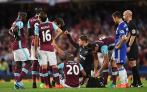 Andre Ayew suffers injury on West Ham debut against Chelsea