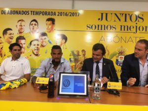 Video: Kevin-Prince Boateng presented to Las Palmas fans