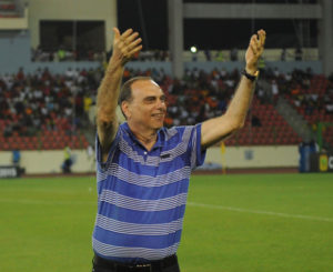 Avram Grant optimistic of beating Russia despite bad preparations