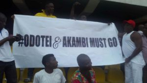 Hearts fans stage protest to remove Vincent Odotei and Alhaji Akambi
