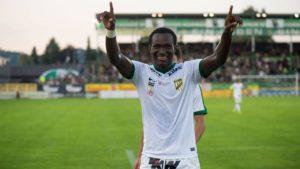 Dropped Ghana striker Raphael Dwamena rejoins club