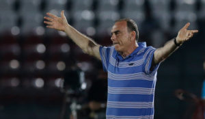 VIDEO: Ghana Coach Avram Grant to ditch 'magic blue shirt' for Afcon 2017