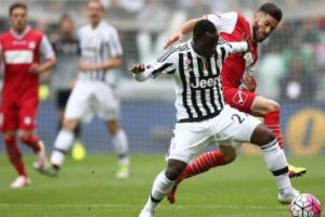 Juventus open contract extension talks with midfielder Kwadwo Asamoah