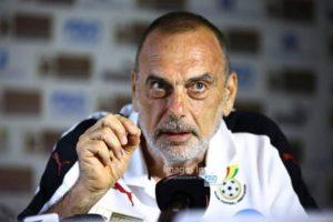 Former Ghana coach Avram Grant advices GFA to go for a foreign trainer