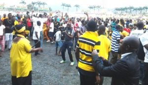 Angry AshantiGold supporters threaten leave club and join Asante Kotoko