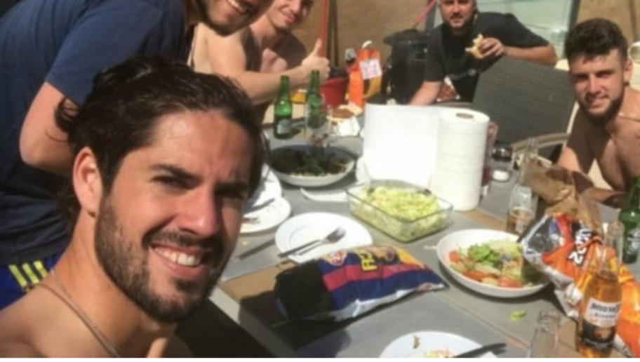PHOTO: Isco Sparks Exit Rumours After Posting Picture With Barcelona Branded Crisps on Twitter