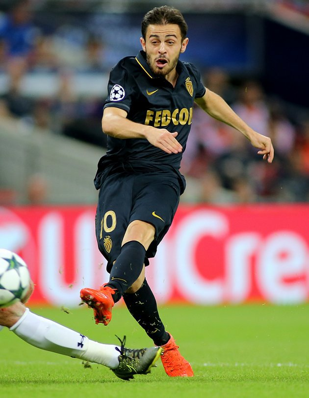 Man Utd back at negotiating table for Monaco midfielder Bernardo Silva