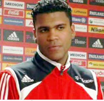 BRAZIL/ OFFICIAL - Breno joins Vasco da Gama
