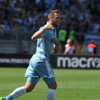 ATLETICO MADRID keen on Lazio defensive star DE VRIJ