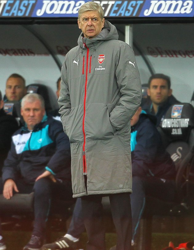 ​Wenger future a mystery to Arsenal defender Mertesacker