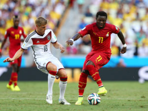 Ghana midfielder Sulley Muntari insists hard work will get him back into the Black Stars team return