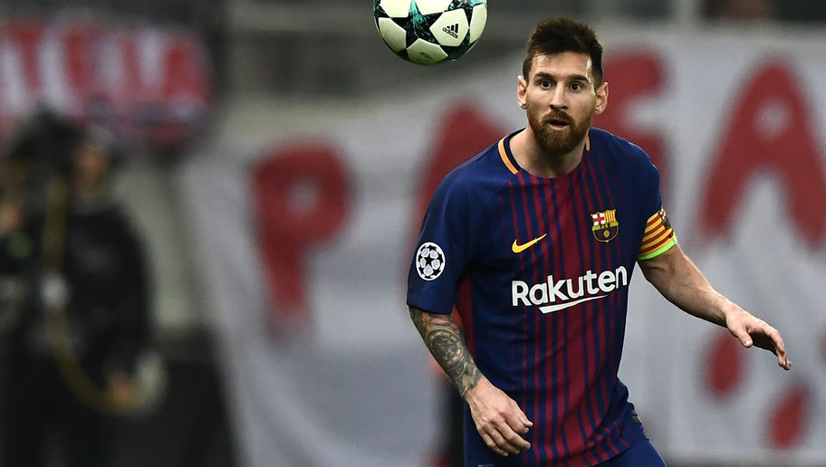 Barcelona Attempting to Convince Leo Messi to Follow Iniesta's Lead in Signing 'Lifetime Contract'
