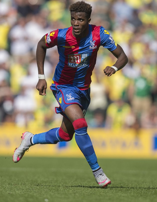Crystal Palace boss Hodgson expects offers to arrive for Spurs, Arsenal target Zaha