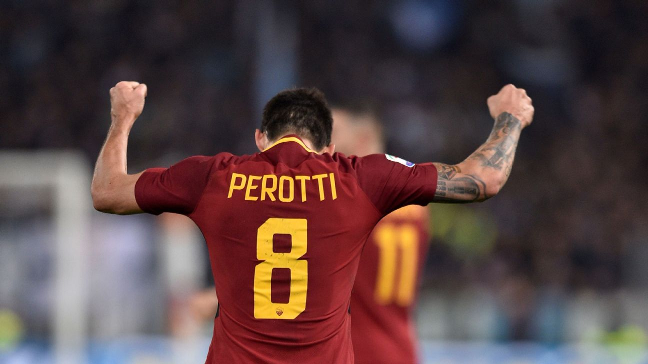 Diego Perotti signs new contract with Roma until 2021