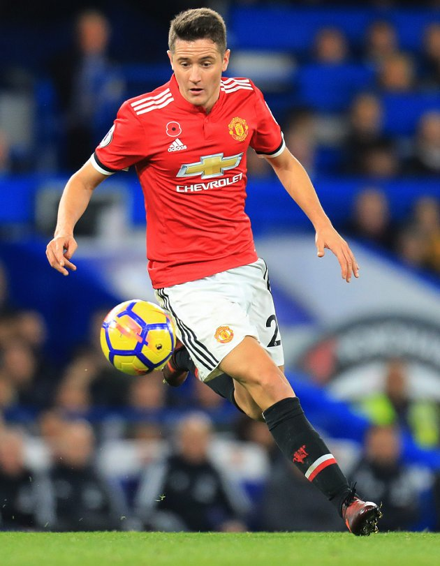 Kanchelskis slates Mourinho\'s Man Utd: No wingers. The midfield is soft