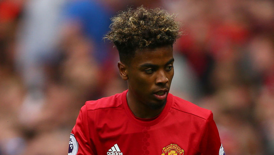 Man Utd Starlet Angel Gomes Signs 1st Pro Contract With Red Devils Amid Rife Barcelona Speculation