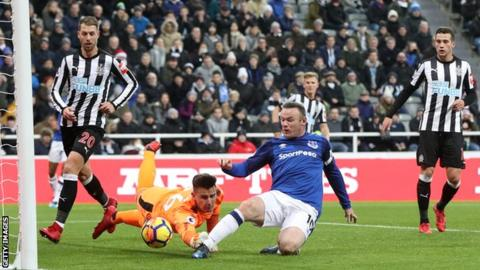 Rooney strikes as Everton win at Newcastle