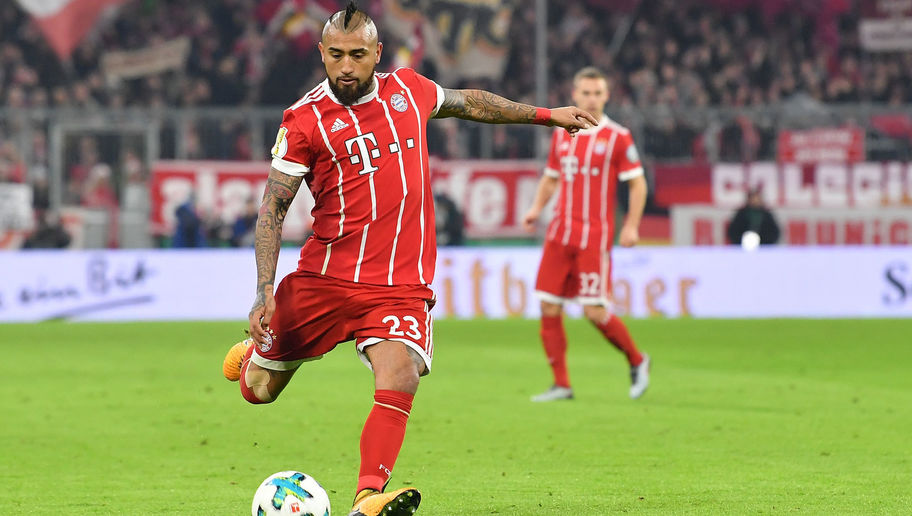 Chelsea Boss Refuses to Rule Out January Move for Bayern's Combative Midfielder Arturo Vidal