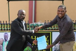 Happy Man bitters sign one year sponsorship deal with Berekum Chelsea
