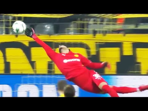 Unbelievable Goalkeeper Saves 2018 ● HD
