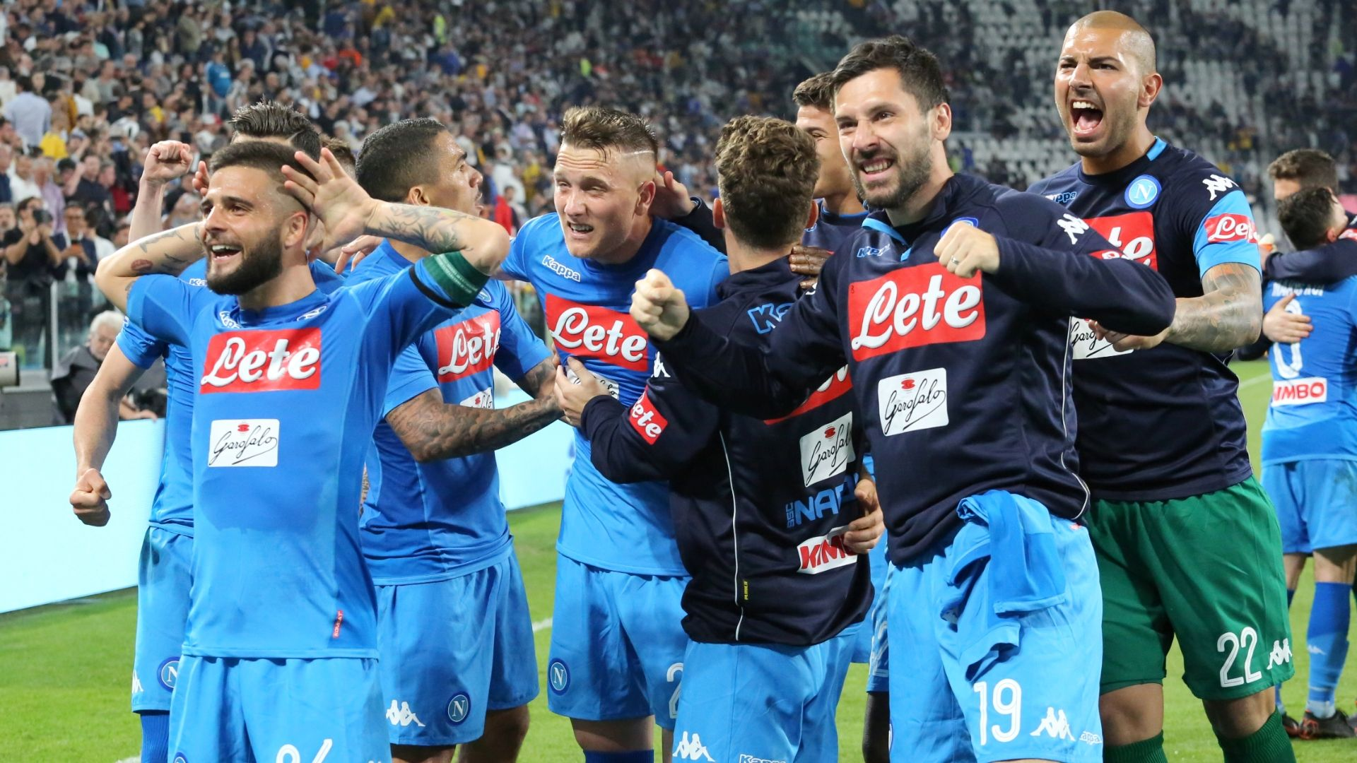 Napoli beat Juve to make a true Serie A title race