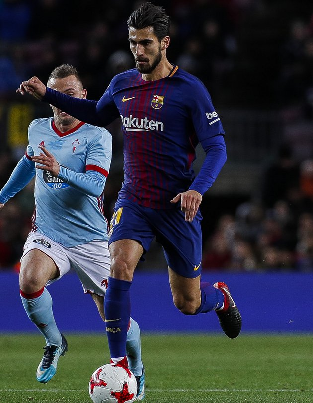 Andre Gomes upsets Barcelona teammates with Copa sulk