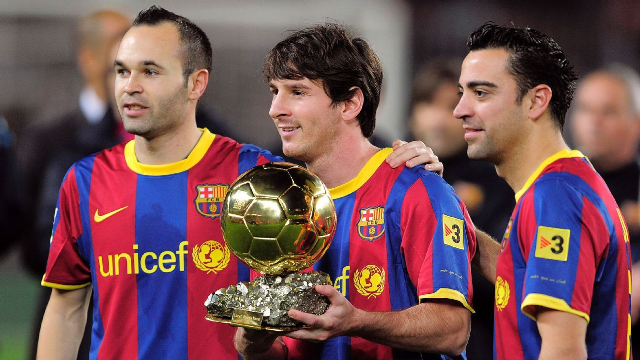 Barcelona's Andres Iniesta gets Ballon d'Or apology from France Football