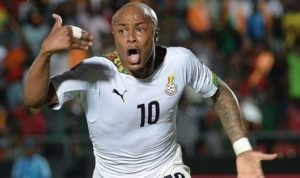 Ghana skipper Andre Ayew gives out sanitary items to Tamale Metropolis to fight Covid-19
