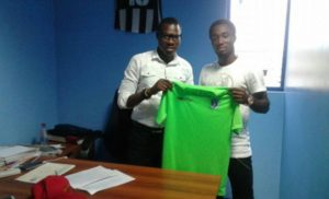 Former Hearts skipper Owusu Bempah joins Bechem United