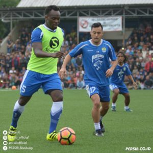 VIDEO: Watch  highlight of Essien in persib's friendly over the weekend