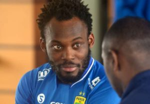 Essien chases terrified opponent in Persib Bandung 2-1 friendly loss (VIDEO)