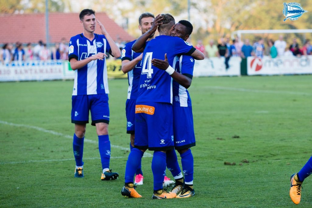 Mubarak Wakaso plays first game for Alaves in pre-season game against Logrones