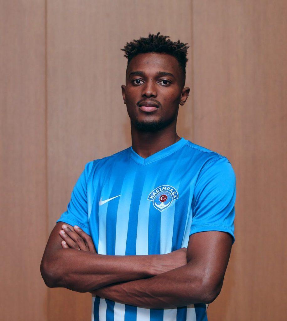 PHOTOS: Ghanaian player Bernard Mensah unveiled as a Kasimpasa player
