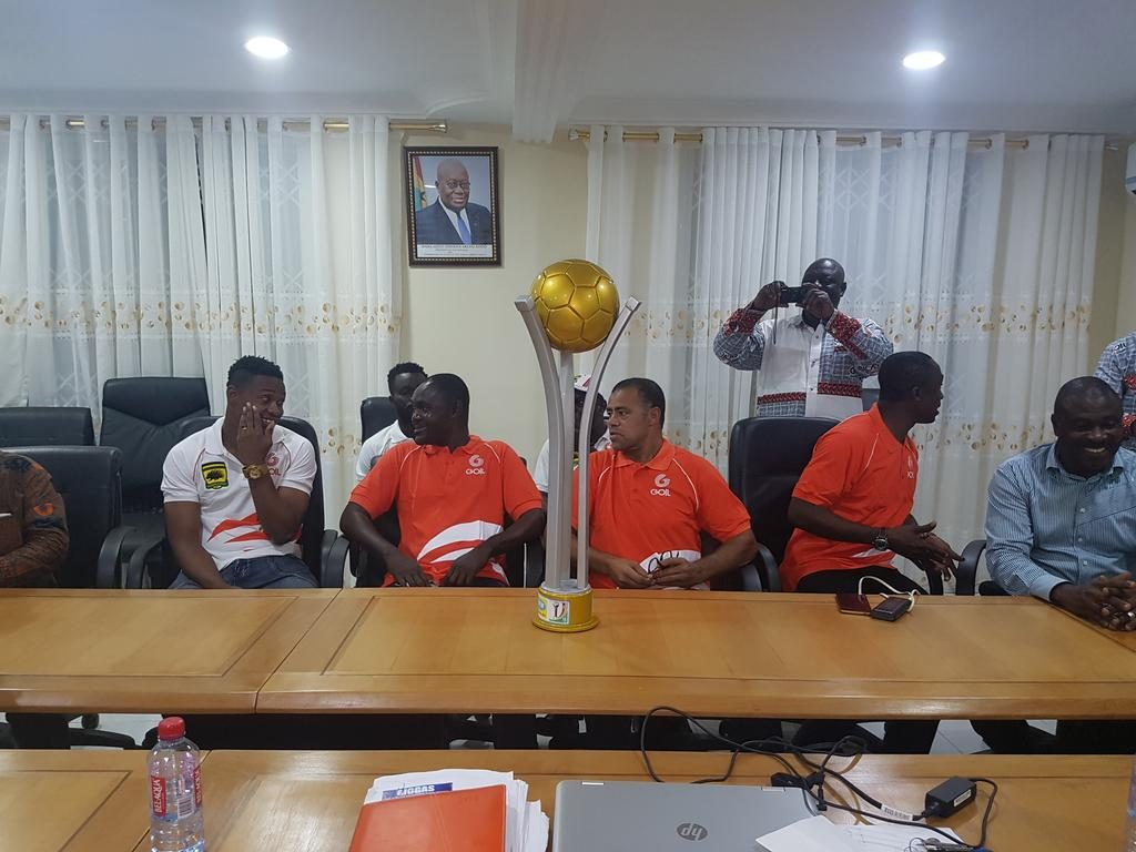 Kotoko present FA Cup trophy to sponsors Goil