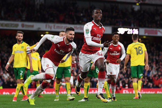 Arsenal teenager Eddie Nketiah happy to sign  a new contract
