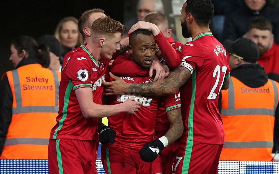 Ghana forward Jordan Ayew inspires Swansea to a 1-1 draw at Newcastle United