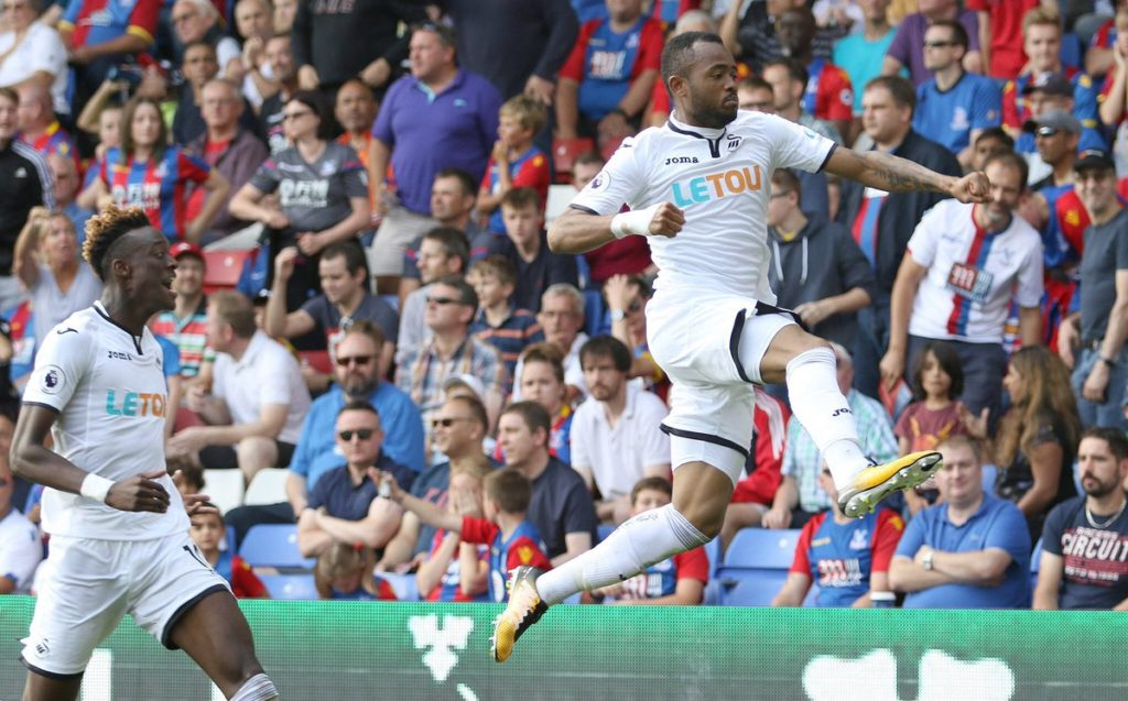 In form Jordan Ayew receives praise from manager Carvalhal