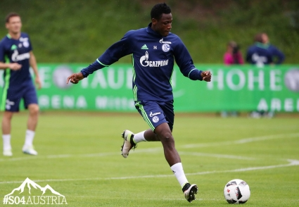 Baba Rahman wants to help Schalke 04 qualify for the Champions League