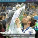 MANCHESTER UNITED planning move on Gareth BALE