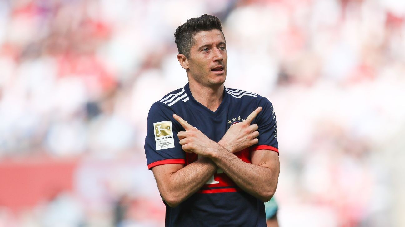 Bayern Munich's Robert Lewandowski hopes to play outside the Bundesliga