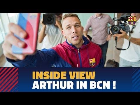 [BEHIND THE SCENES] Arthur lands in Barcelona