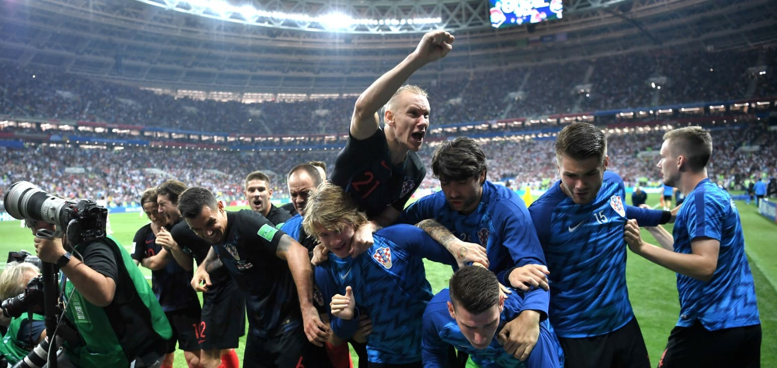 Mandzukic fires Croatia into final