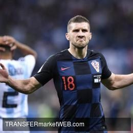 EINTRACHT FRANKFURT - Rebic has decided to extend his stay