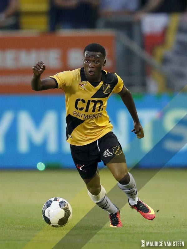 Thomas Agyepong seals loan move to Scottish side Hibernian