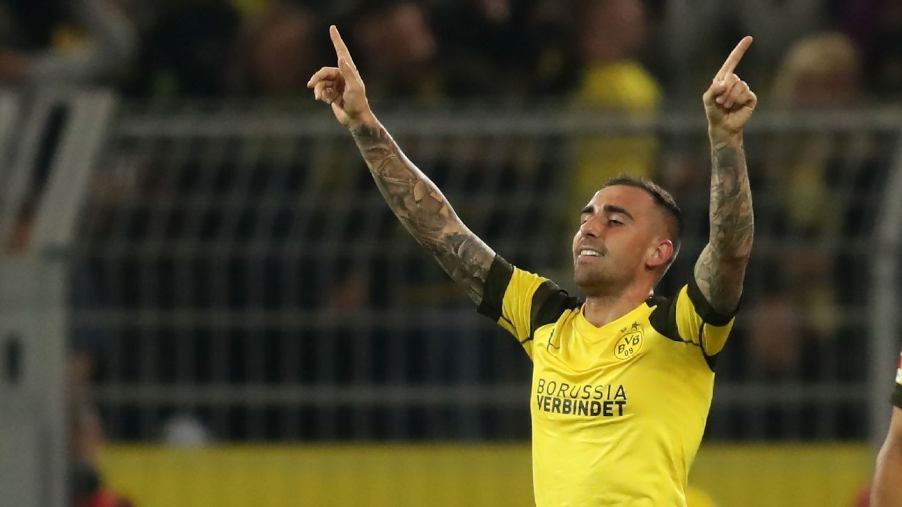 Lucien Favre praises Jadon Sancho, Paco Alcacer after Dortmund win