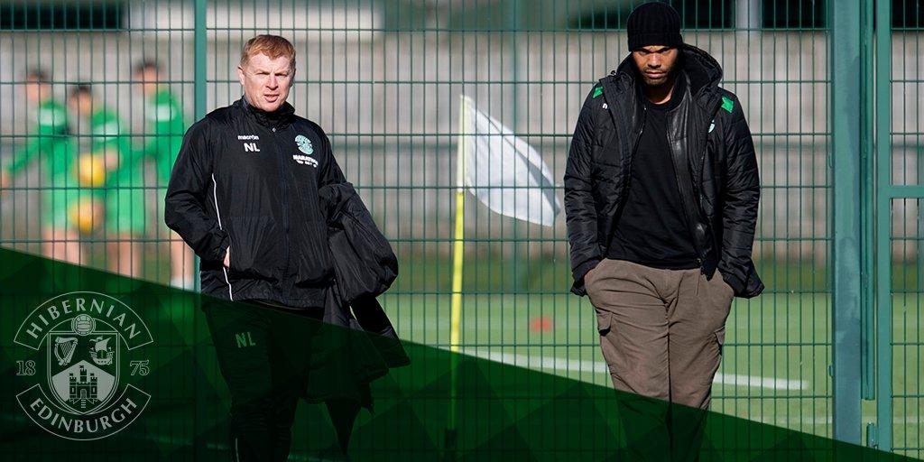 Former Man City defender Joleon Lescott visits Thomas Agyepong in Hibernian training