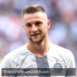 INTER - Skriniar ready to extend with Manchester clubs to observe