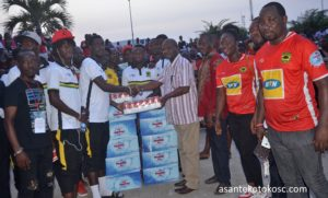 GARCC donates to Kotoko players