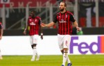 Higuain excluded from AC Milan squad ahead of Chelsea move